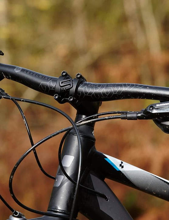 Cube's designers have gone to town on the Aim SL, adding neat touches like internal cable routing