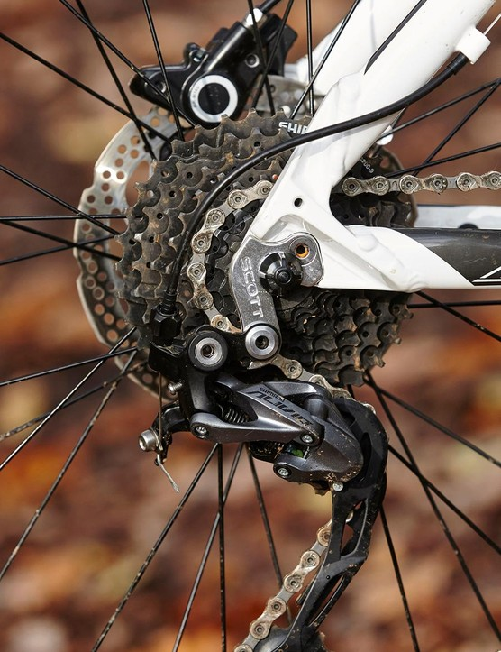 The drivetrain is Shimano's utility Alivio setup