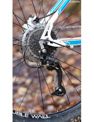 Elsewhere the spec is better, with Shimano Altus providing reliable shifting