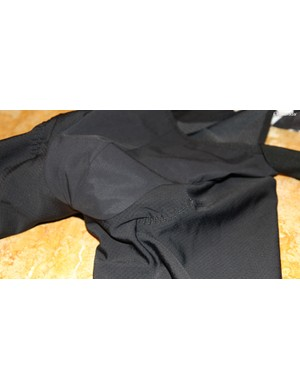 A windproof crotch on waffle thermal fabric is the best of both worlds: cold-weather comfort without constrictive leg panels