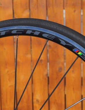 The relatively shallow rims likely don't offer much of an aero benefit, but that also means they're very easy to manage in windy conditions