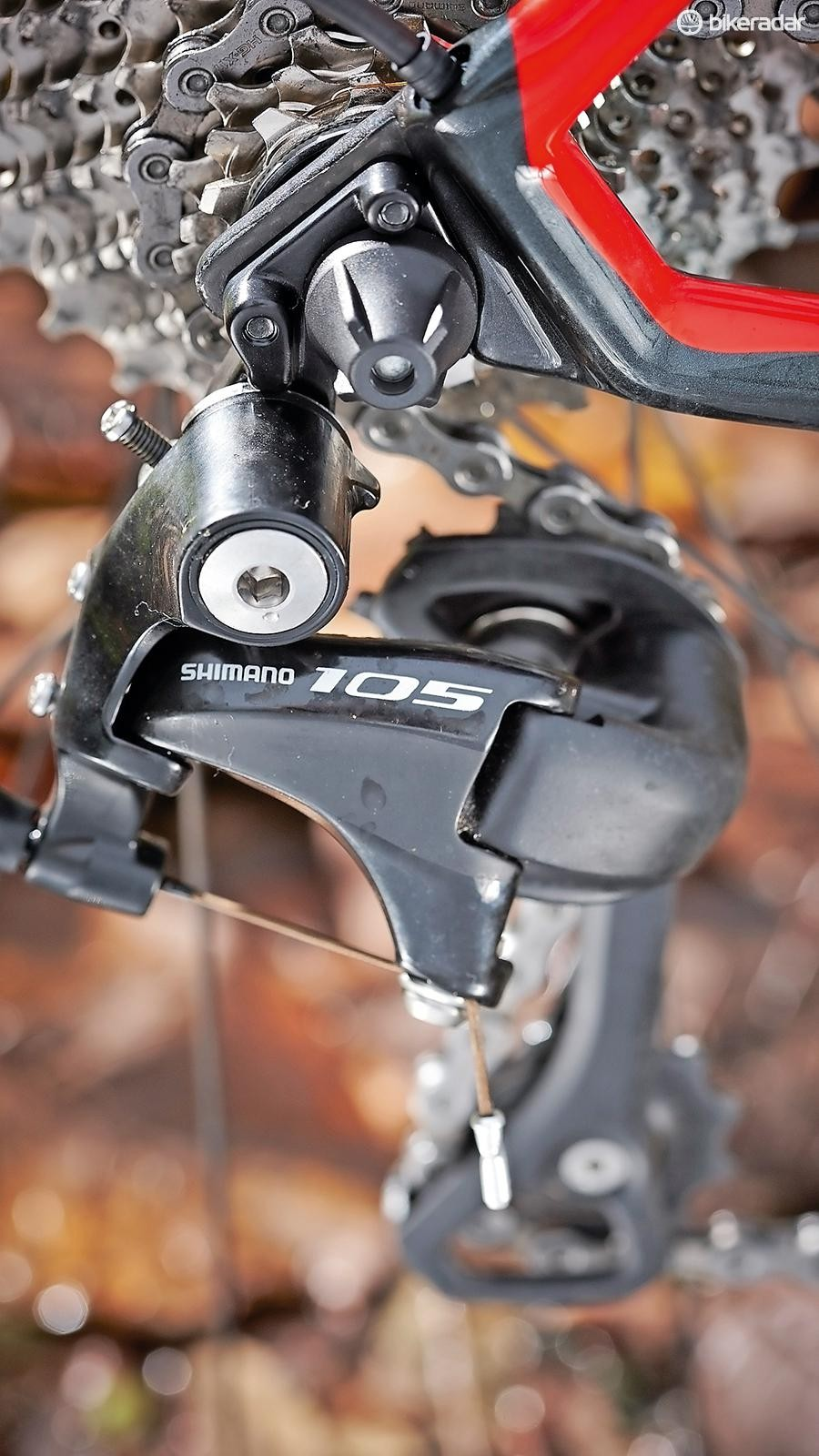 Smooth shifting 105 provides 11-speed cadence control
