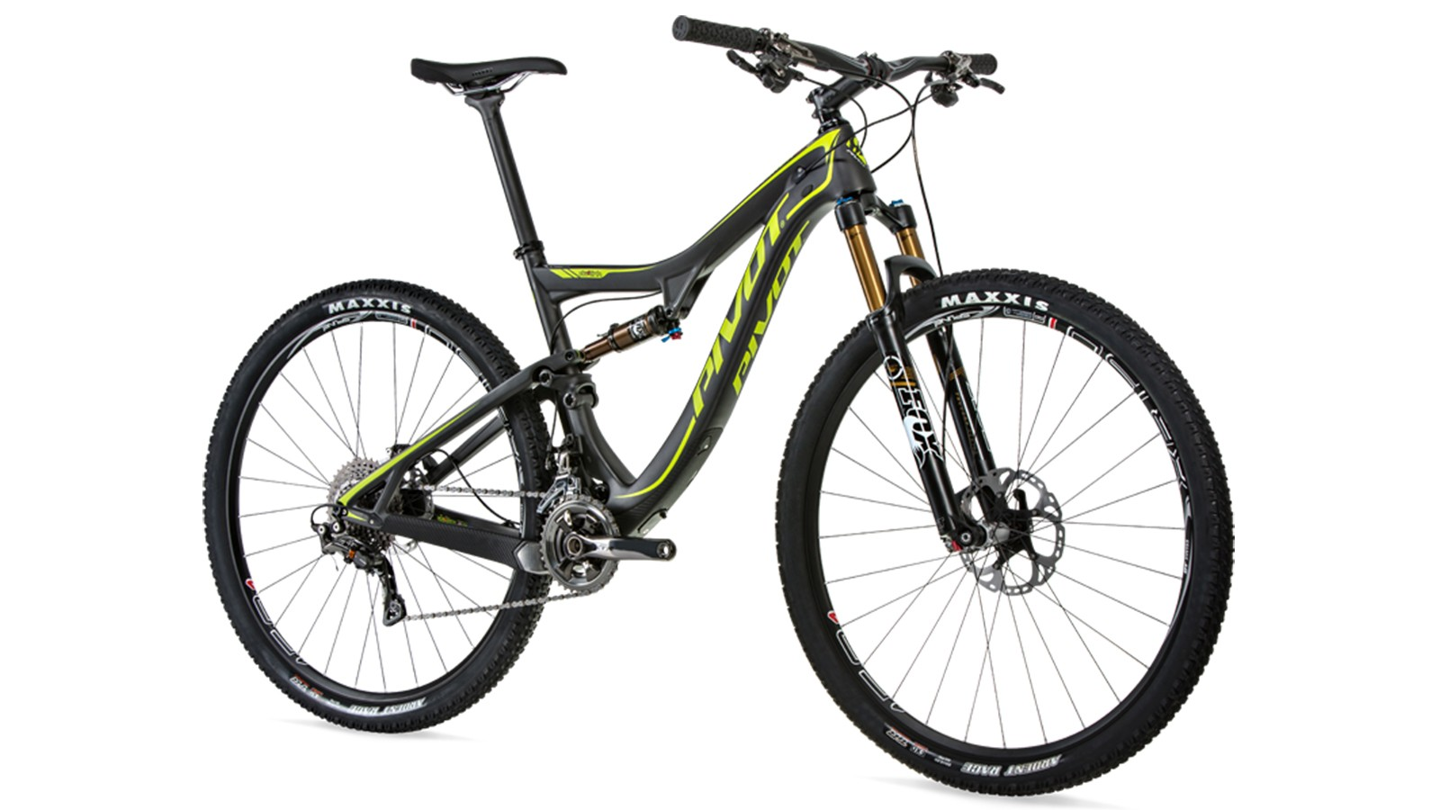 The updated Pivot Mach 429SL is now compatible with Shimano's XTR Di2 drivetrain