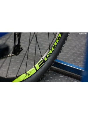 DT Swiss E1900 hoops are wrapped in Maxxis Ardent tyres