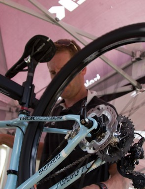 While the tips and tricks of the pro mechanics are usually a great guide, you must consider that they seek ultimate performance and speed without a focus on cost or durability