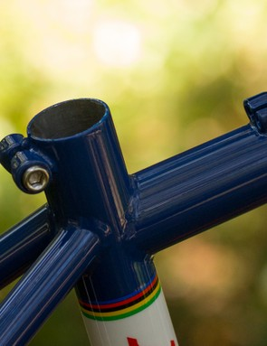 An integrated seat clamp is practical and helps with the classic styling
