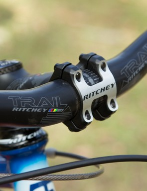 A 2014 Ritchey WCS Trail cockpit is featured on our tester, providing a direct connection to the fork. We did however wish for a lower handlebar on steep climbs