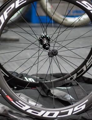 Scope R5c carbon clincher wheelset