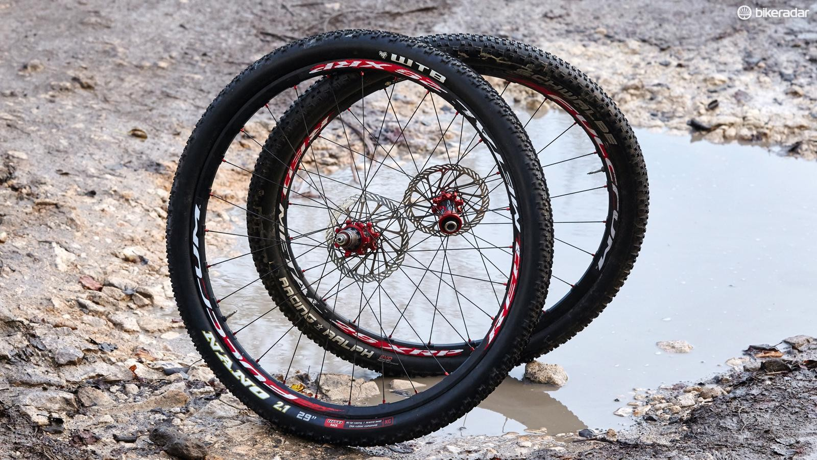 Fulcrum Red Metal XRP 29 wheels