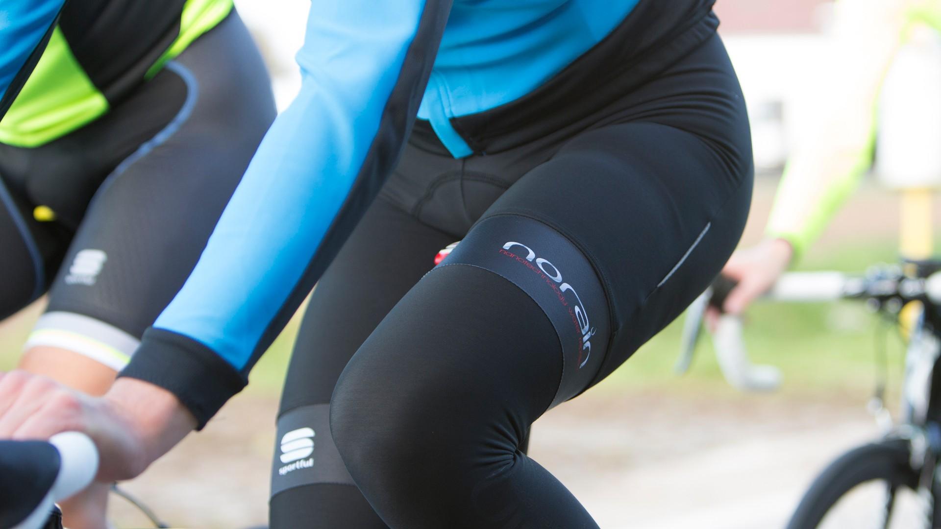 The Fiandre No-rain bib short has a special waterproof treatment
