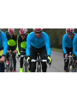 The Fiandre Light Windstopper jersey, No-rain bib short and Windstopper gloves are three of the new items in Sportful's winter collection