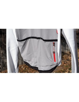 Both the Bontrager RXL Convertible 180 softshell jacket and RXL Thermal long sleeve jersey come with a full complement of pockets