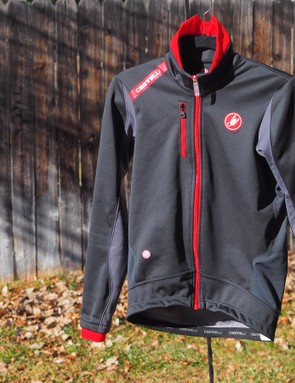 The Castelli Senza jacket has already proven plenty warm down to the freezing mark while offering a very trim and well-patterned fit
