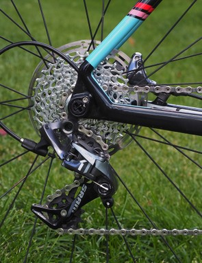 The SRAM CX1 rear derailleur is essentially a slightly modified version of the MTB-specific XX1 changer