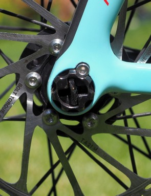 Thru-axles are heralded for their additional stiffness over traditional quick-release setups but they're not usually the fastest to operate. The Focus RAT system, however, is perhaps the best of both worlds with its slick quarter-turn mechanism