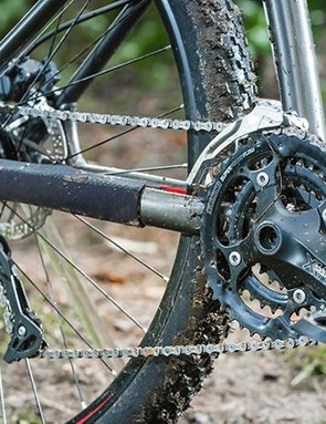 The 3x9 drivetrain delivers a wide range of gears