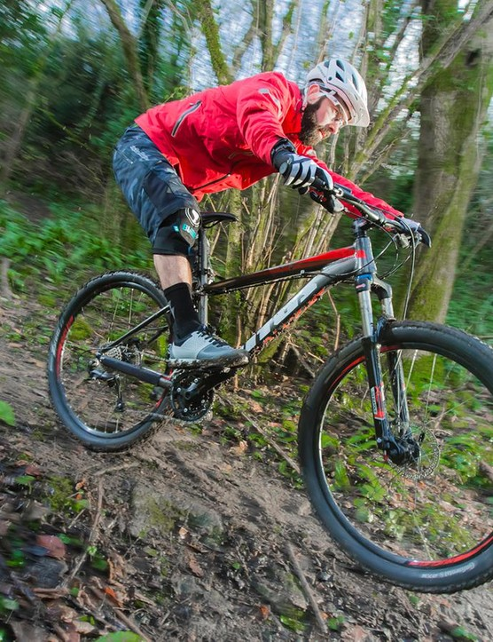 The Nucleus 275 VR is equally happy clambering up slopes and blasting singletrack