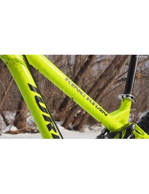 Our bike didn't come with a dropper post, but routing is integrated into the frame should you decide to add one