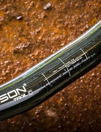 These carbon bars have a 4-degree upsweep and a six-degree backsweep