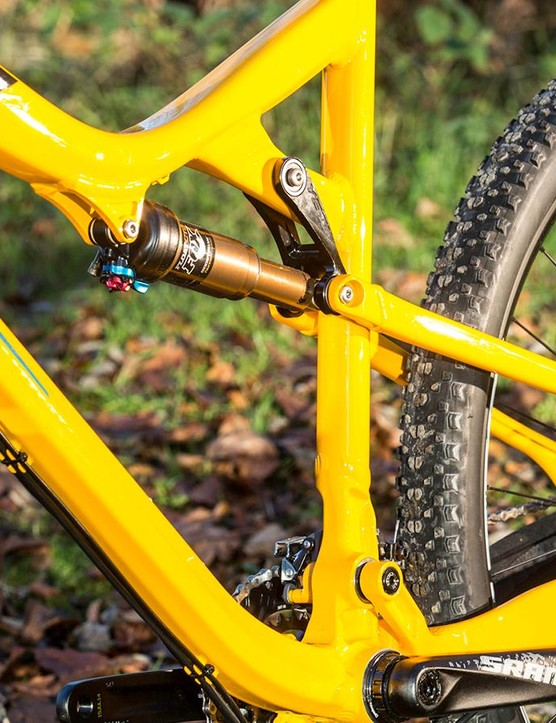 Setting the shock to 'Trail' mode is essential for faster riding feedback