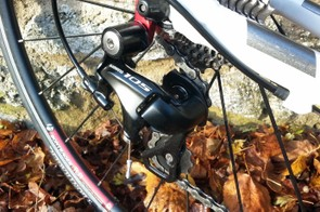 The 105 derailleurs keep shifting smooth