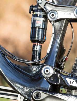 The Split Pivot suspension design sits the pivots on the same axis as the 142x12mm rear axle