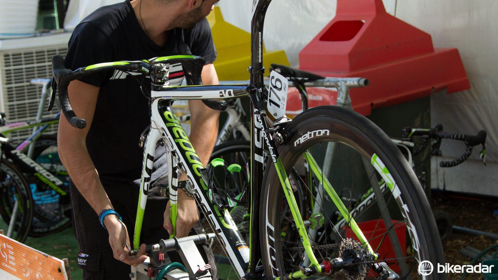 Bicycle Bike Chain Checker Wear Indicator Measure Tool Gauge Repair checker ND