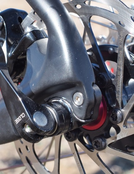 The front and thru-axles are a boon in terms of rotor rub - as in we didn't notice any during testing. That said, we wish Van Dessel had opted for nicer skewers as these felt noticeably cheap and clunky to operate