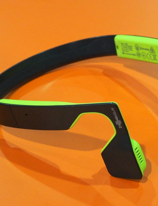 The new Aftershokz Bluez 2 headphones combine the safety benefits of bone conduction technology with active noise cancellation so you can hear your favourite tunes and the world around you