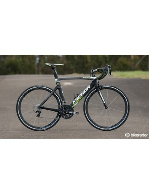 The 2015 Merida Reacto DA-Limited looks to pack a serious punch for the cash