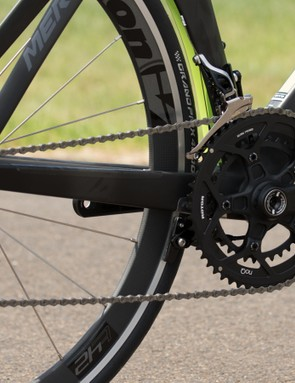 Shimano Dura-Ace derailleurs and shifters are featured on this Merida Reacto