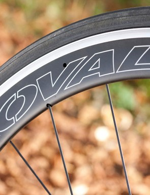 Vittoria's excellent Open Corsa CX 25 rubber helps smooth the ride