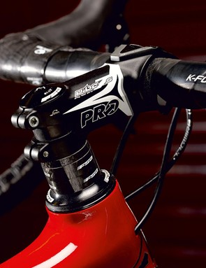 Quality components from FSA and Pro provide conventional steering