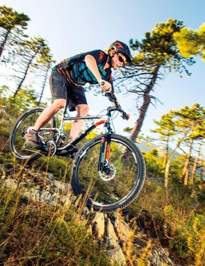The 650b-wheeled version of the long-running Anthem family is the most conventionally angled and trail – rather than race – oriented machine to date
