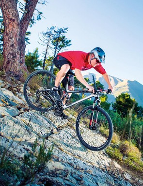 We've ridden some disappointing 2015 flex stay suspension bikes but Felt's version creates a remarkably well balanced, effortlessly smooth flowing, speed boosting ride