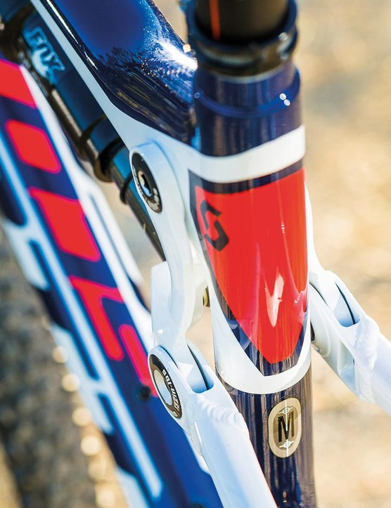 While Trek was one of the first big brands to mass manufacture carbon, Scott has also been taking composite frames to the limits of lightness for well over a decade