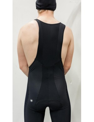The wide bibs separate at the shoulders, with the bibs and straps backed with fleece