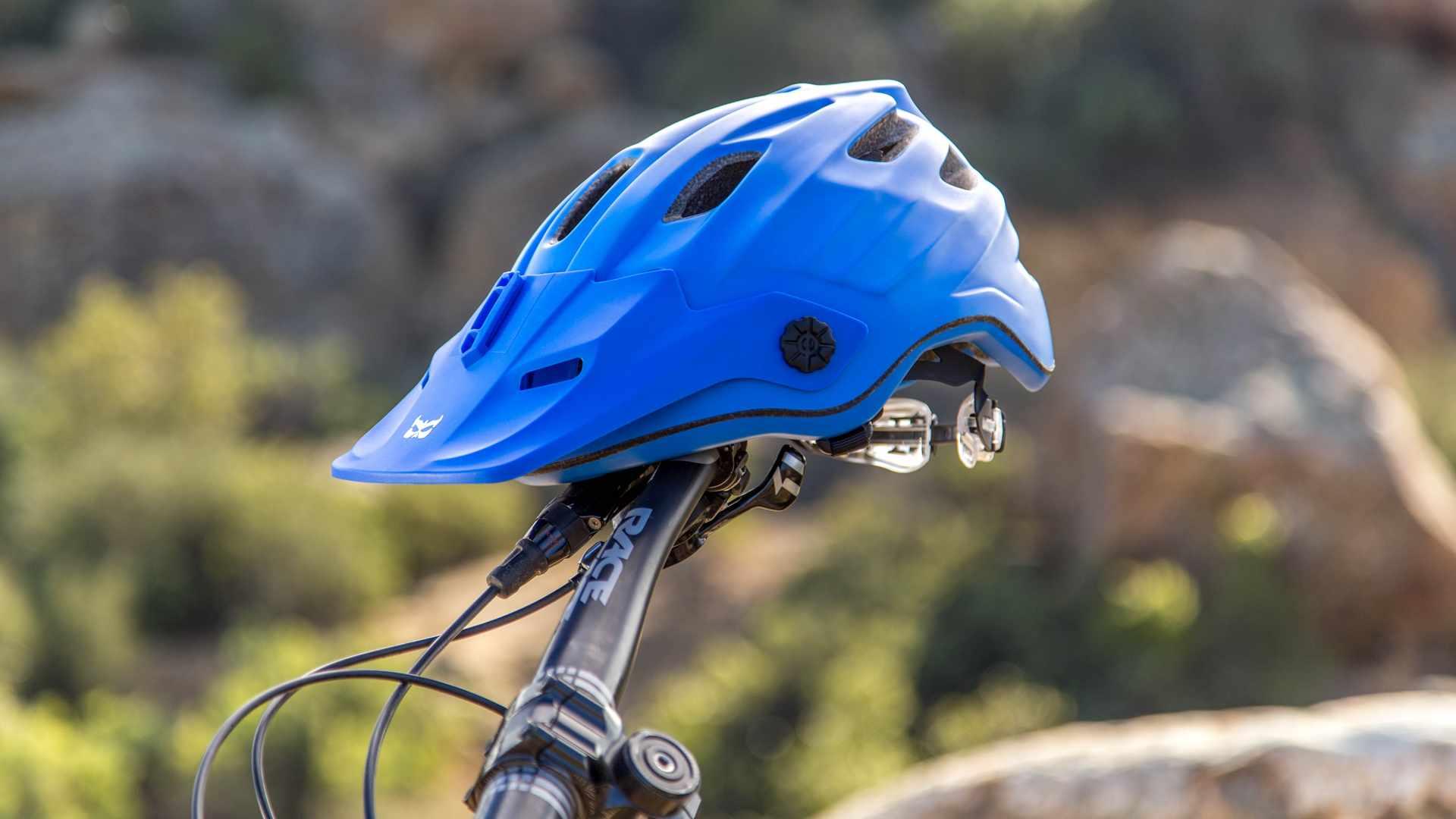 The Kali Maya enduro helmet