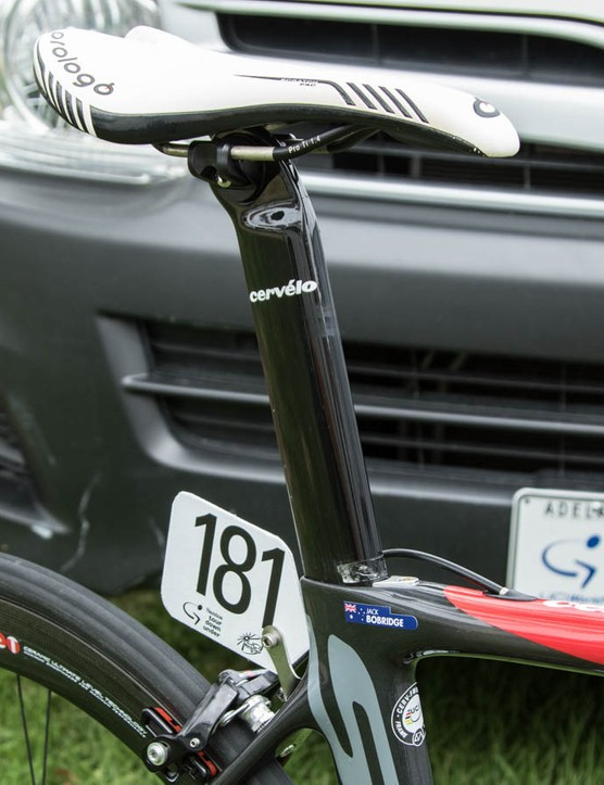 A Prologo Scratch Pro saddle features generous padding and titanium rails - making for a heavier part