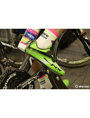Most of Team Lampre-Merida are in the Northwave Extreme Tech Plus shoes – these use the brand's own dial-type retention system
