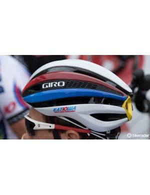 Katusha use Giro helmets - pitcured is the new semi-aero Synthe