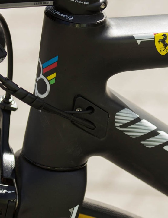 A view of the interchangeable cable routing ports and the famous Ferrari logo