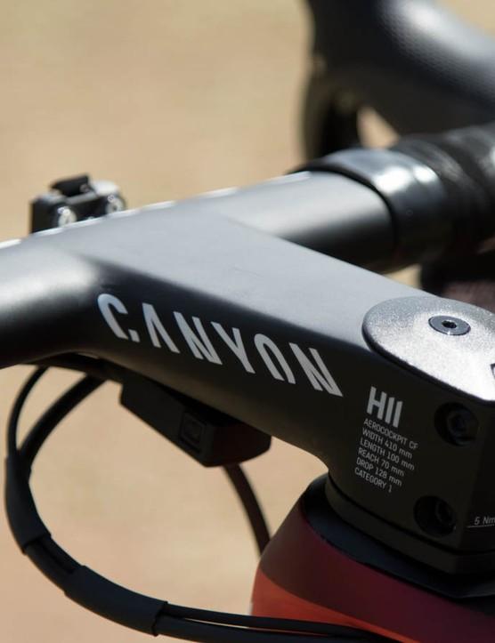 Both Movistar and Katusha are using Canyon's aerodynamic one-piece handlebar and stem
