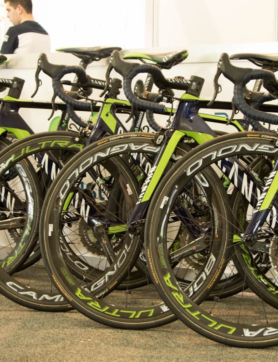 Movistar getting ready to race