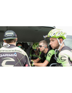 Cannondale-Garmin talk race strategy before stage two