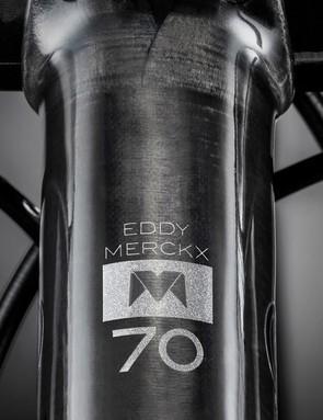 EDDY70 logos adorn the cockpit, wheels and saddle