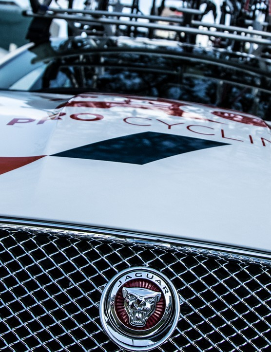 Joining Sky with perhaps the coolest cars in the peloton, Drapac is now sponsored by Jaguar