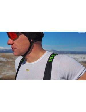The bib straps aren't noticeable while riding (this is a good thing), and lay mostly flat on your shoulders