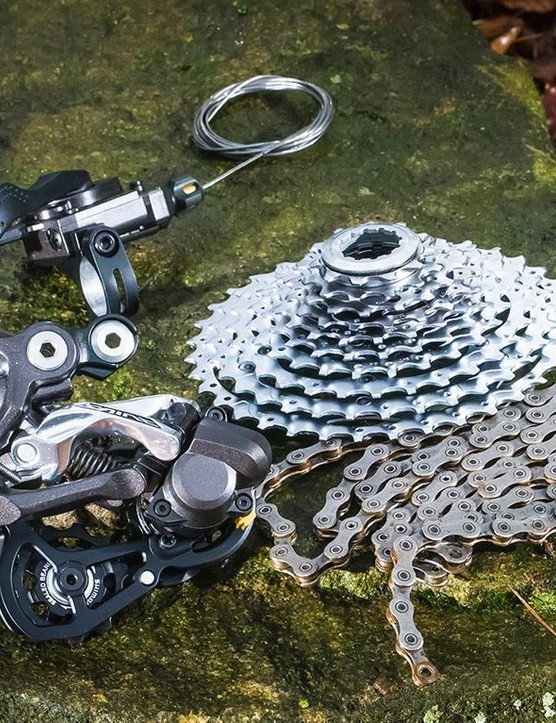 Shimano Saint M820 mountain bike transmission