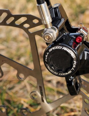 We've already confirmed that the new FSA K-Force disc brakes are pretty light. Now let's see how well they work